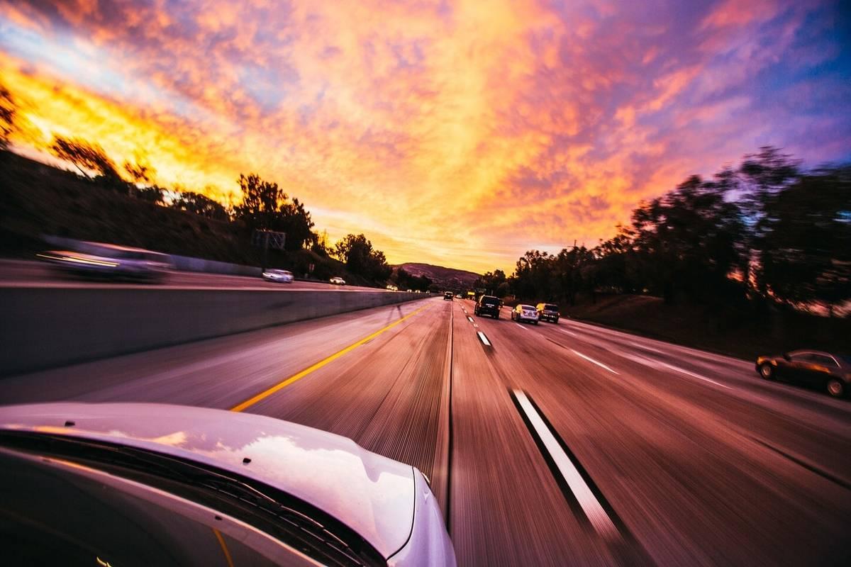 action-asphalt-automobile-automotive-asfalistikomarketing