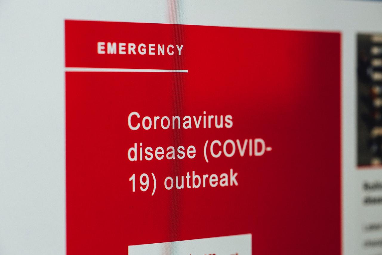 coronavirus-news-on-screen-asfalistikomarketing
